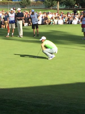 Rory eyeing up another missed putt.